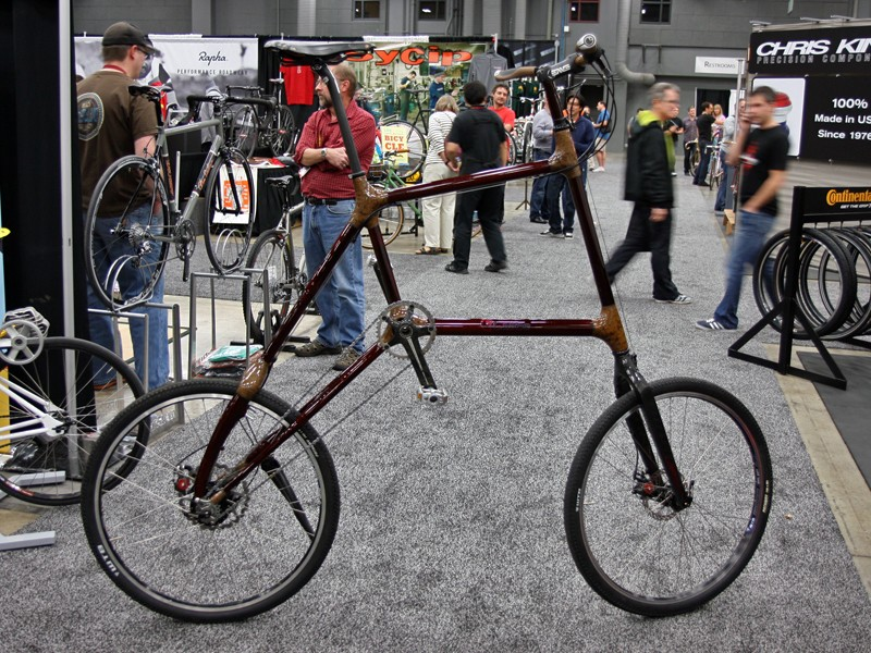 Calfee showed off this wild carbon and hemp fiber tall bike.  What's the point, you ask?  Just because.