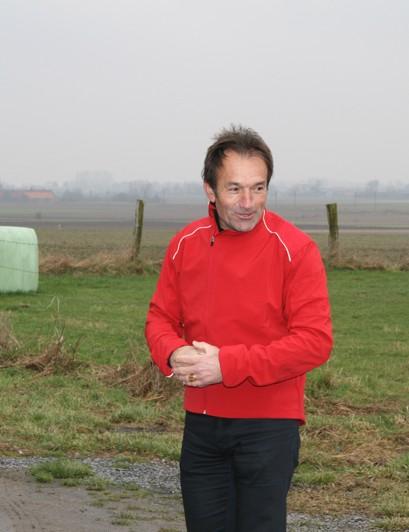 Duclos-Lassalle sharing his wisdom of Paris-Roubaix