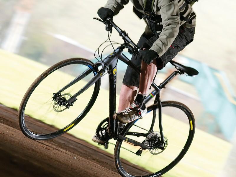 Boardman Hybrid Team - BikeRadar