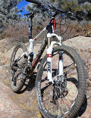 The 2011 Top Fuel features a full OCLV Mountain Carbon frame, internal cable routing and e2 tapered head tube