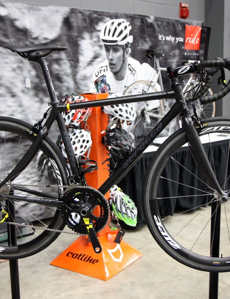 The all-carbon MeiVici SE continues to be one of Serotta's flagship road bikes with fully customizable ride characteristics and frame geometry
