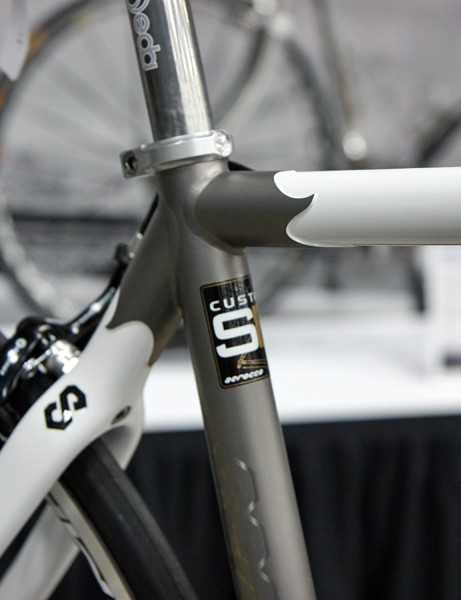 Serotta say the carbon tubes used in the Ottrott are fully coped and mitered, butting right up against the adjoining titanium tubes