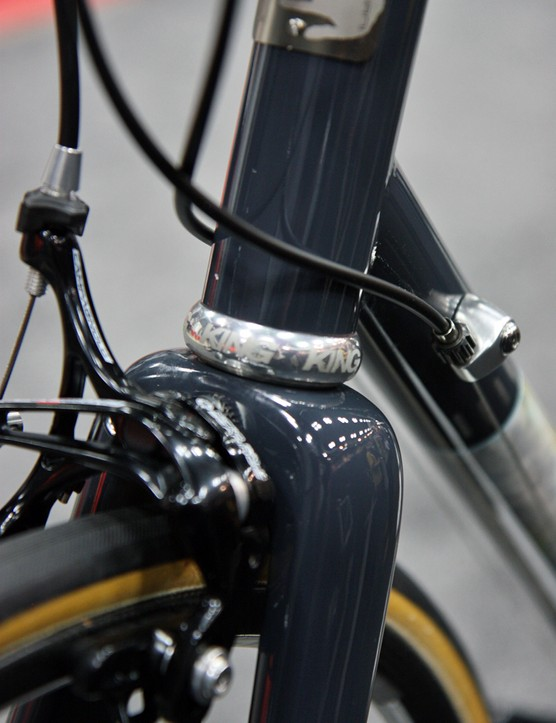 The steerer tube on this Pegoretti measures a standard 1-1/8in in diameter but Chris King made special headsets with oversized skirts as per Pegoretti's request so as to use a bigger head tube