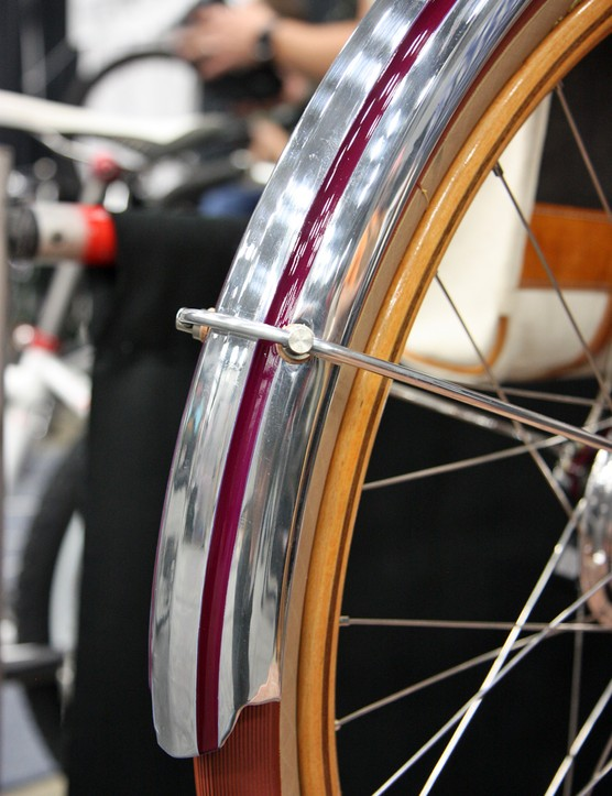 Stock Honjo aluminum fenders were highly polished and accented with color-matched paint