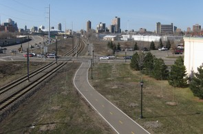 Minneapolis plans to add 80-miles of bike path and lane in 2011