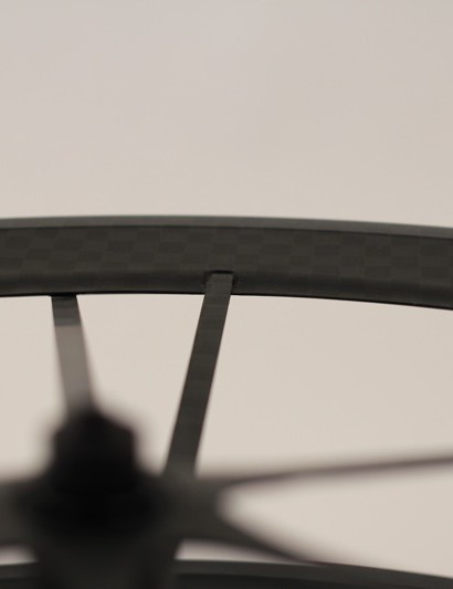 Carbon spokes