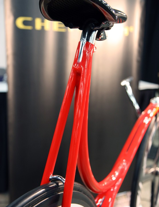 The seatpost on Cherubim's track bike appears to be based on an American Classic design