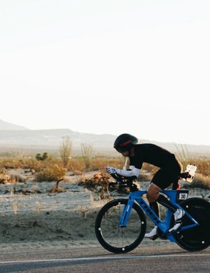 The author shown racing in the early hours of the race. For the first 72 miles of racing, a Giro Aerohead MIPS offered maximum efficiency. Later in the day, as the heat rose, it was swapped for a Bontrager Ballista MIPS