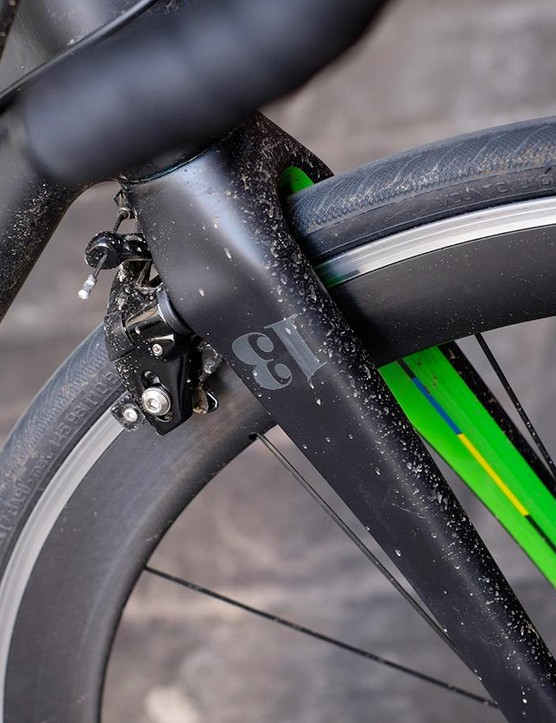 TRP brakes are tucked away in aero-friendly positions