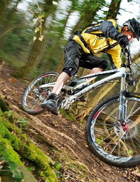 Being llight yet strong, the Whyte is great when the terrain gets tough
