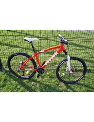 The Zircon is Vitus's mid-range hardtail. This is the 2011 Zircon 0.1, which has a triple-butted aluminium frame, RockShox Tora fork and SRAM/Truvativ transmission for £849.99