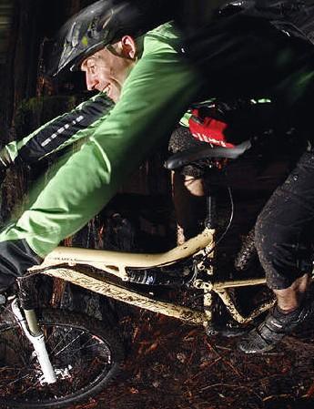 Santa Cruz Blur LT frame