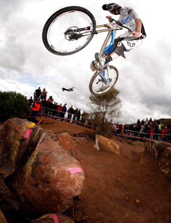 Ruaridh at the 2008 World Cup round in Canberra, Australia while he was on ChainReactionCycles-Intense