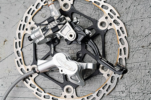Hope M4 disc brake