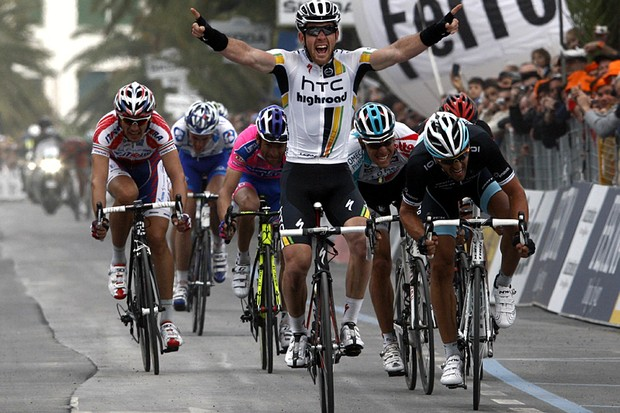 Matthew Goss (HTC-Columbia) wins the 102nd Milan-San Remo