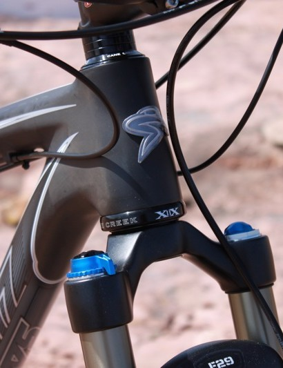 The Highball features a tapered head tube