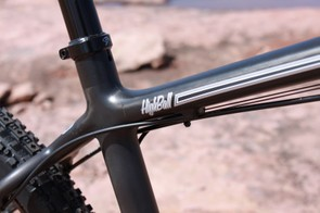 The Highball routes cables along the underside of the top tube, and relies on Santa Cruz's universal use of a 30.9mm seatpost