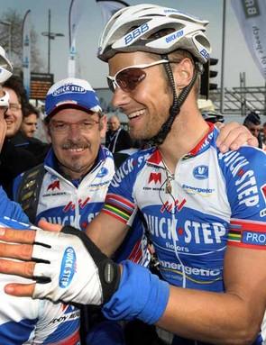 Boonen congratulated by his teammates