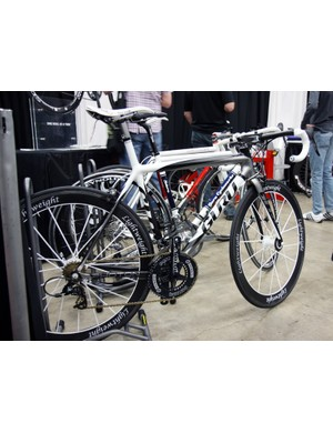 Guru offer a wide range of road and time trial/triathlon bikes built from carbon fiber, titanium, aluminum or steel