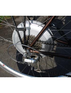 Freewheel mounted on hub motor - eight- and nine-speed compatible