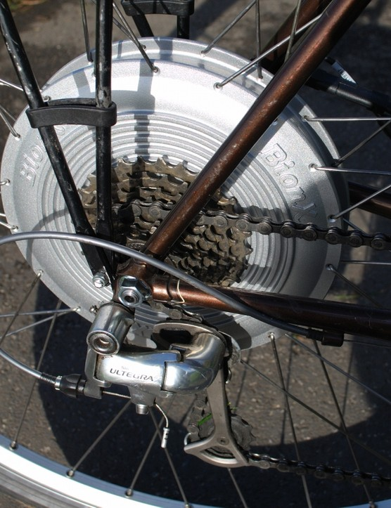 Freewheel mounted on hub motor - eight- and nine-speed compatible