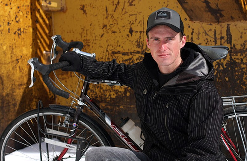 Darren Alff and his touring bike
