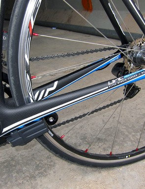 Chain stays are fat, tall, and smoothly tapered from front to rear
