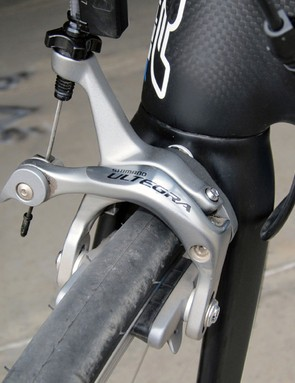 Felt has to downgrade the components in a few areas to meet the F2's price point but the Ultegra calipers offer the same braking performance of Dura-Ace - just with a few extra grams