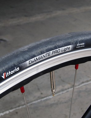 Vittoria's Diamante Pro Light tires are supple and fast but prone to cuts.  Felt also prioritized ride quality over aerodynamics with the light and smooth Shimano WH-RS80 carbon-and-aluminum clinchers