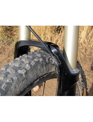 The stout, squared-off arch and reinforced areas around the bushing help contribute to one of the stiffest trail forks currently available.