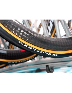 Astana wrapped its Corima carbon rims with 24mm-wide Veloflex Roubaix tubular tires.
