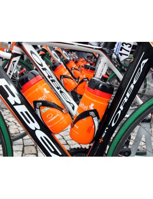 Euskaltel-Euskadi team mechanics added some electrical tape to the riders' Elite carbon fiber cages to lend a better grip on the bottles.