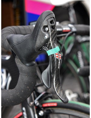 Lampre-ISD team mechanics wrapped each Campagnolo Ergopower lever with a small rubber band - presumably to prevent rattling on the cobbles.