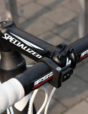 Aluminum stems and bars are commonplace among the pros for Ronde van Vlaanderen.