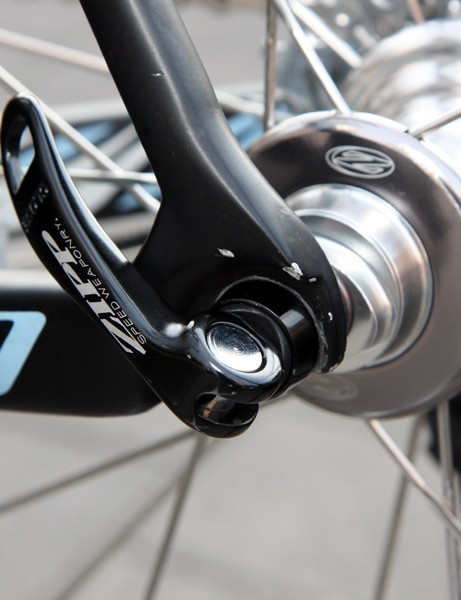 Specialized uses aluminum dropouts instead of carbon ones on its top-end S-Works Tarmac SL3 flagship but they're cleverly designed with a hollow interior and fully boxed sides.