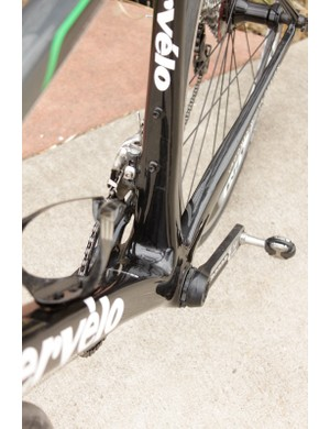 The BBright bottom bracket adds 11mm to the non-drive area of the frame