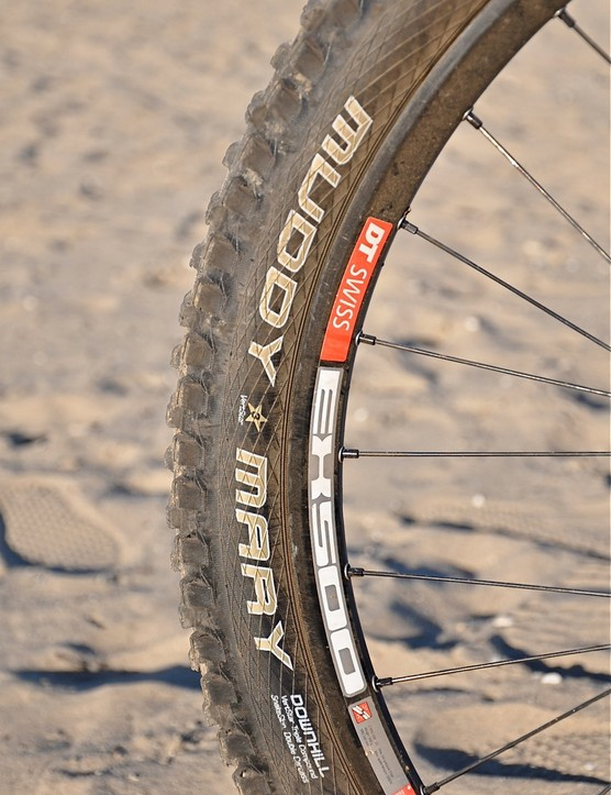 Though this one is stock, Schwalbe are offering custom tire configurations to Riffle and the rest of the Giant factory squad