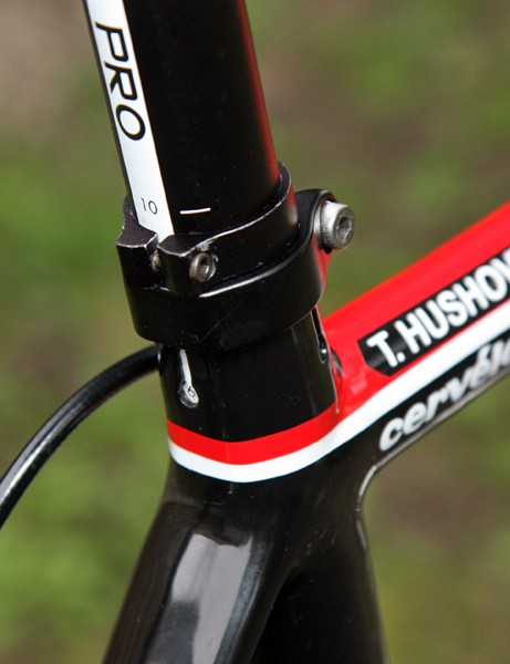 An extra clamp on the seatpost is in place to prevent slipping