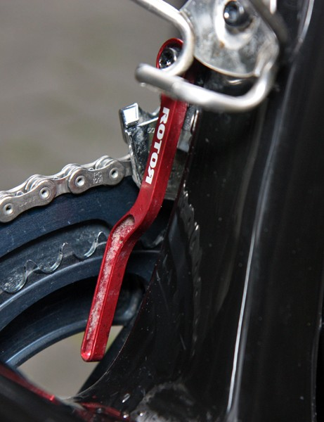 Like most Paris-Roubaix contenders, Thor Hushovd (Garmin-Cervelo) will run tightlly spaced 44/53T chainrings for the cobbled classics. Some mechanics insist that such a setup doesn't require a chain catcher but the team will run them just in case anyway
