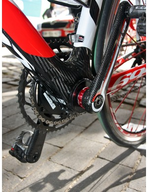 Cofidis's Look 695 team bikes were fitted with bottom bracket shell adapters and standard FSA cranks instead of the usual one-piece Look carbon units.