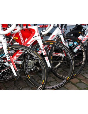 Most Omega Pharma-Lotto riders were using Mavic's versatile and light Cosmic Carbone Ultimate wheels at Scheldeprijs.