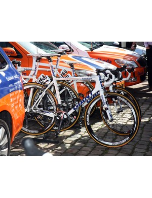 Rabobank rider Theo Bos used a standard Giant TCR Advanced SL frame for his run at Scheldeprijs.