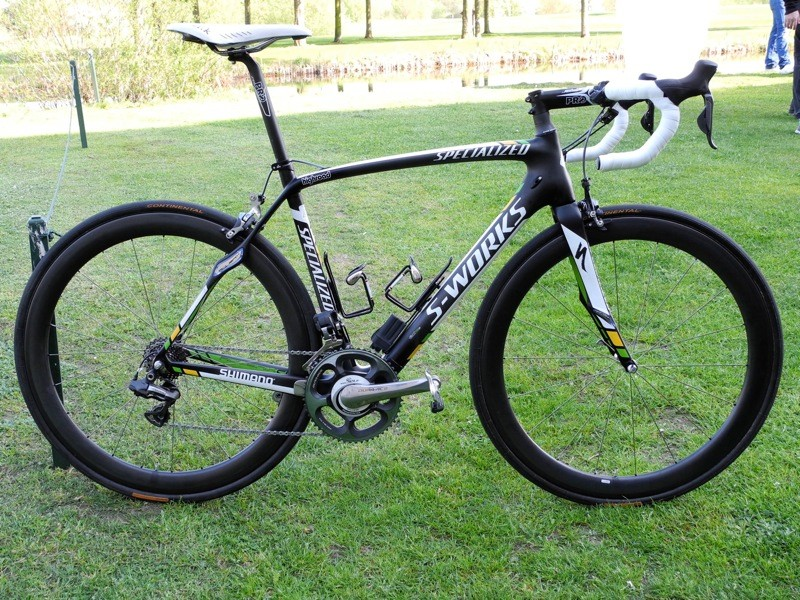 The whole HTC-Highroad team will start Paris Roubaix on Specialized's Roubaix SL3