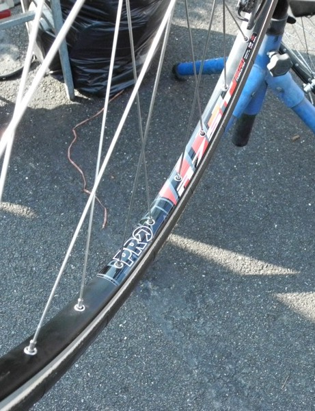The rest of the team is using an ultra-wide alloy rim from PRO