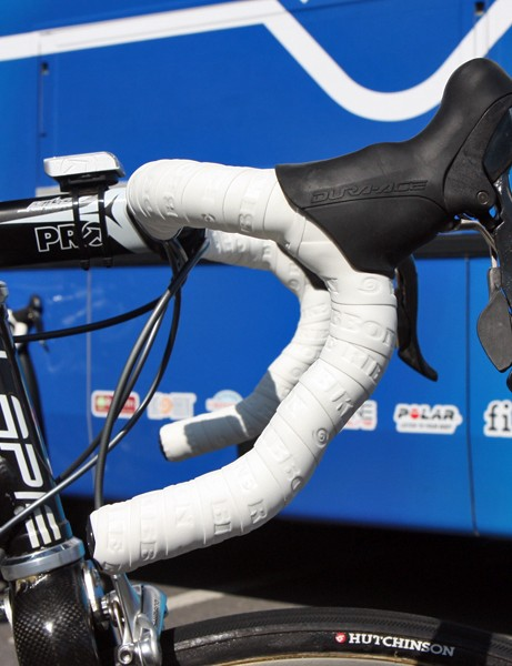 Frederic Guesdon (FDJ) prefers the anatomic version of PRO's PLT aluminum handlebar