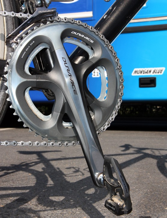 175mm-long Shimano Dura-Ace cranks with 53/41T chainrings are installed on Frederic Guesdon's (FDJ) Lapierre