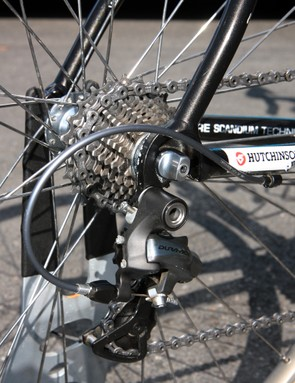 Frederic Guesdon's (FDJ) aluminum Lapierre uses a solid rear dropout with no replaceable hanger