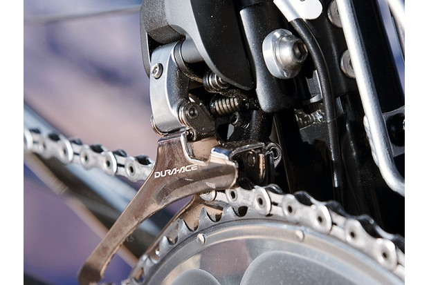 Shimano's Dura-Ace Di2 road groupset offers electronic shifting