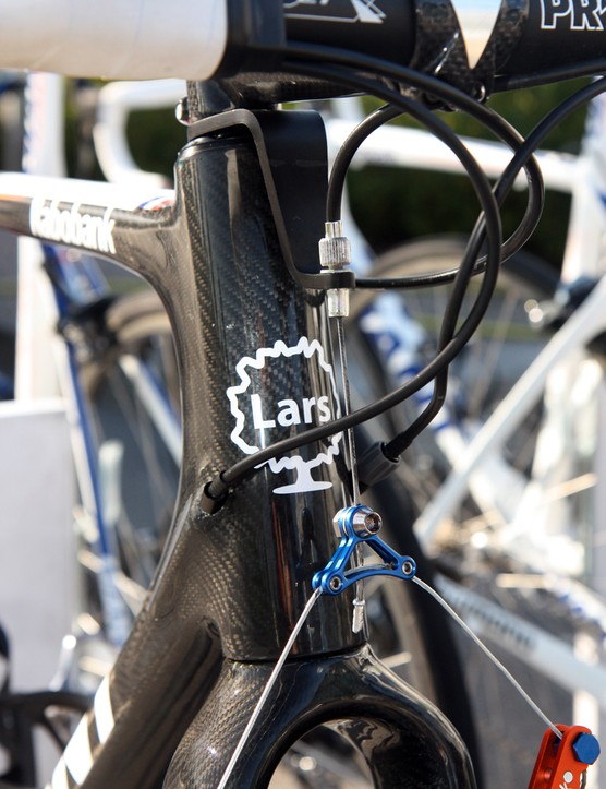"Lars Boom (Rabobank) gets his own personalized graphic on the head tube of his Giant TCX Advanced SL.  ""Boom"" means ""tree"" in Dutch."