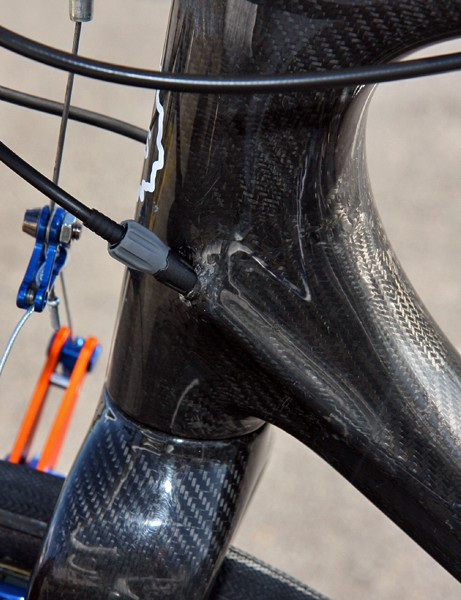 Rabobank team mechanics added an inline adjuster for the front derailleur cable on Lars Boom's TCX Advanced SL